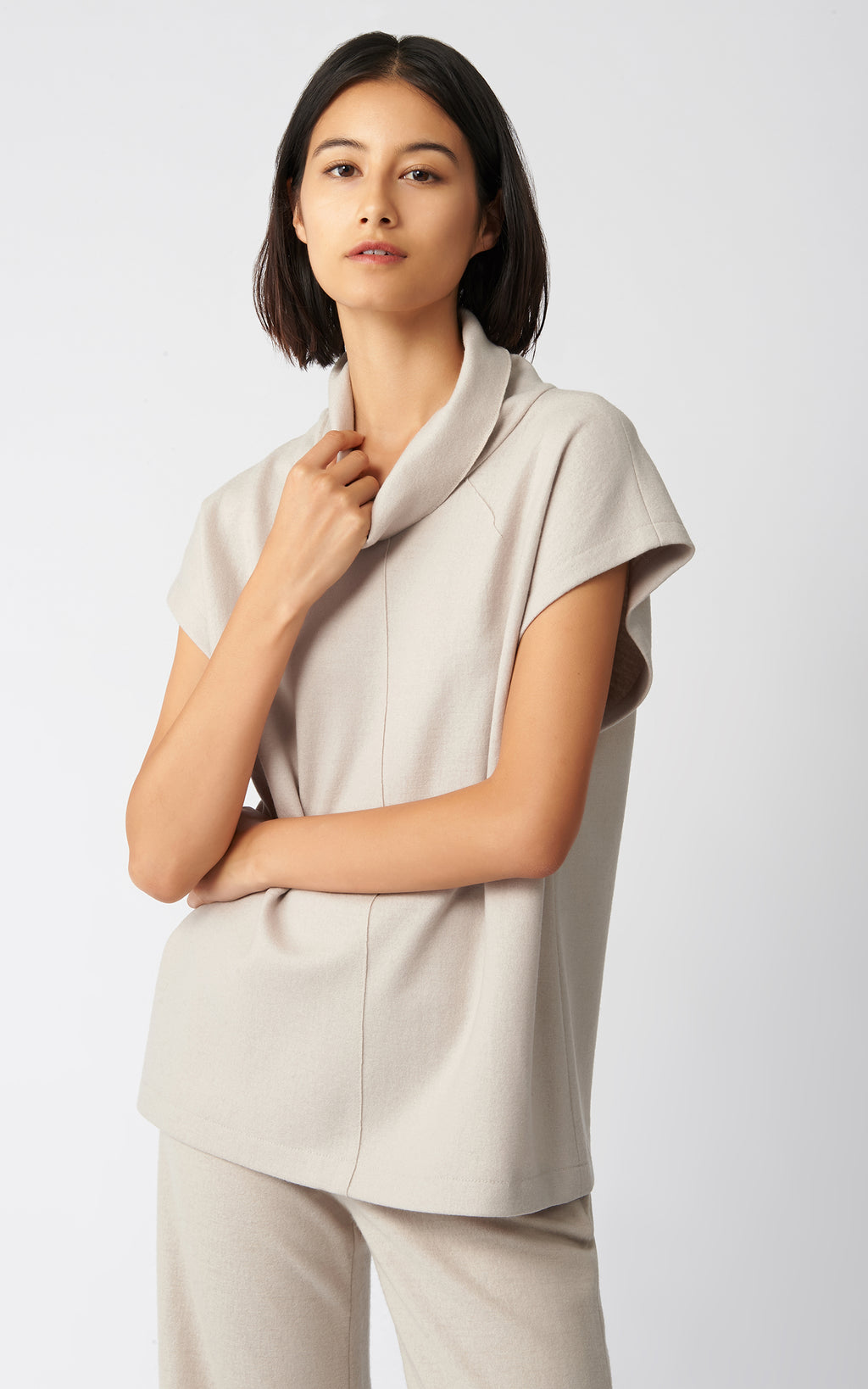 SEAMED TURTLENECK - MINK