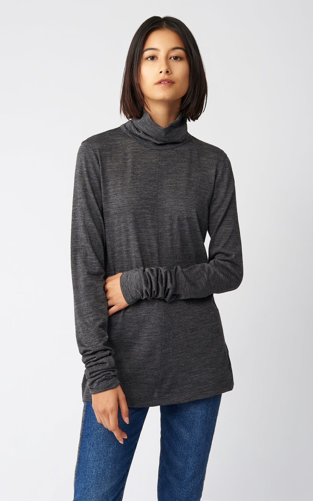 FITTED TURTLENECK - CHARCOAL