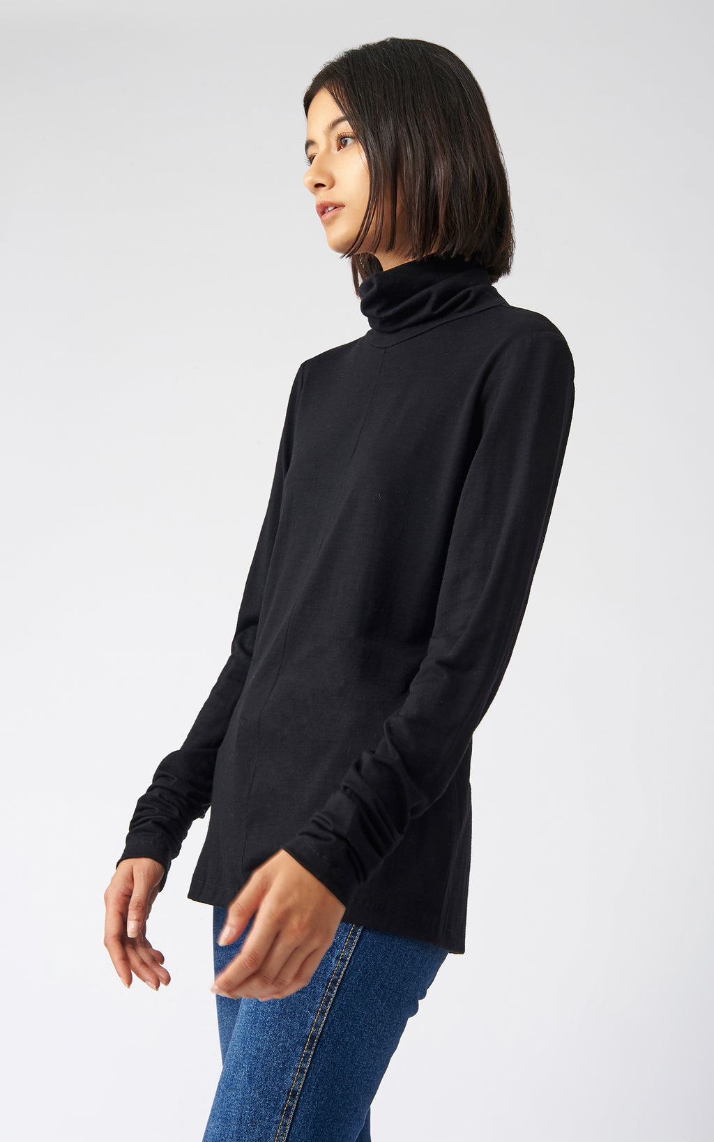 FITTED TURTLENECK - BLACK