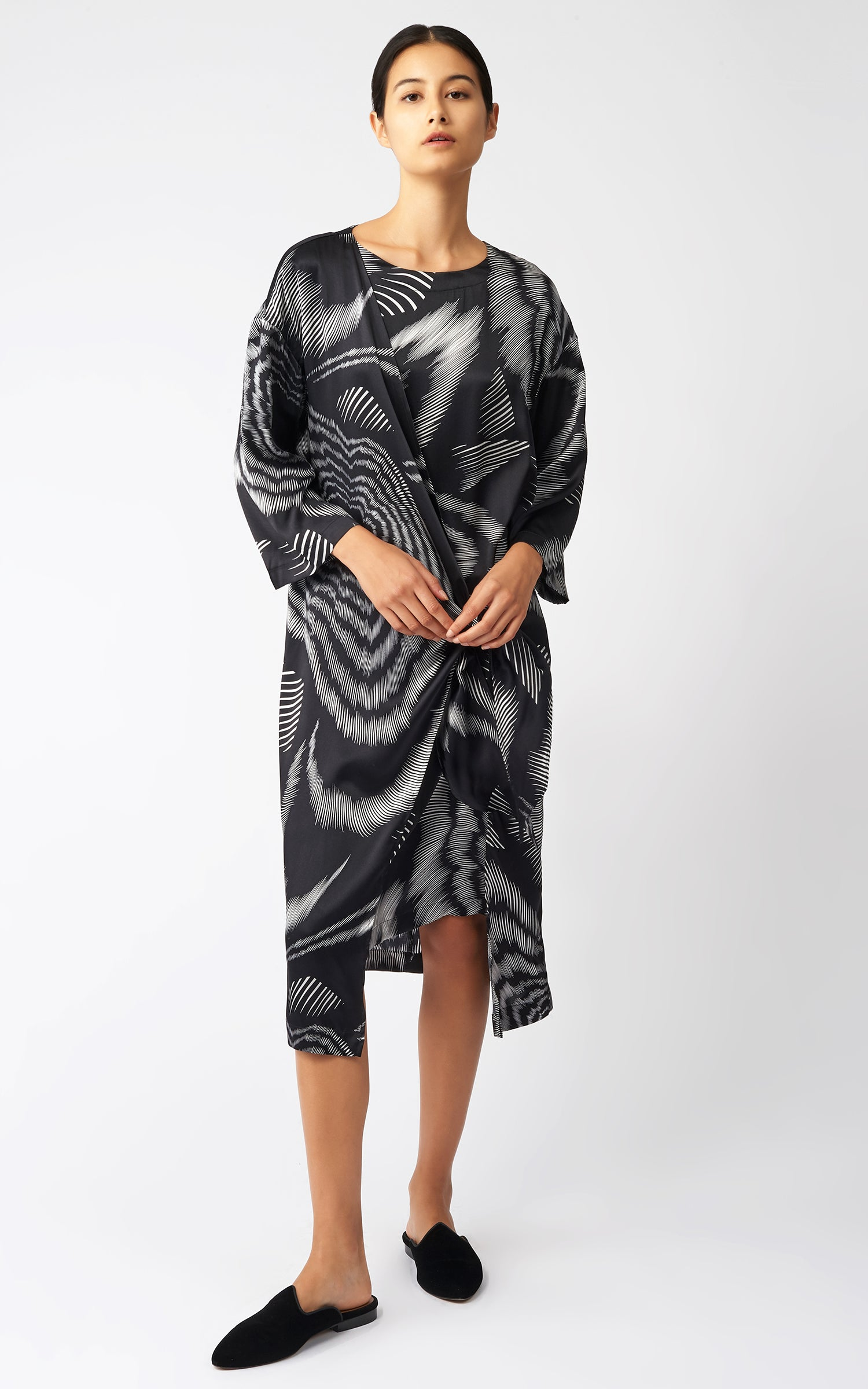 WRAP FRONT DRESS - ASTRA PRINT