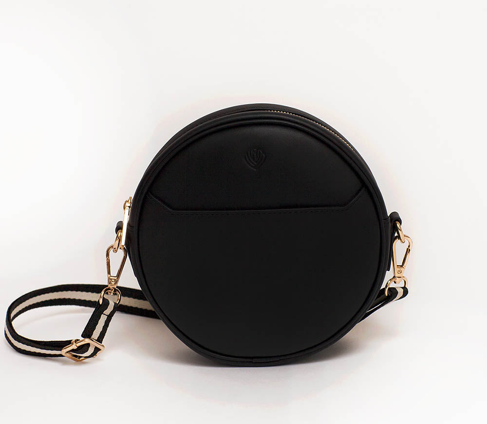 Luna Belt Bag - Black – P.MAI 6571fd7981