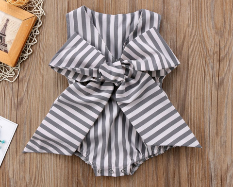 8a891aa246 Summer Chic Trends for Your Little Trendsetter – Ruffles   Bowties ...
