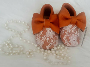 ****CUSTOMER FAVORITE**** Baby Girl Lace leather Moccasins - Tan  with White Lace Big Bow Leather Baby Moccasins - Baby Girl Moccasins - Bow Moccasins - Soft Shoes - Lace Moccasins