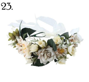 Floral Wreath - Cream Hues