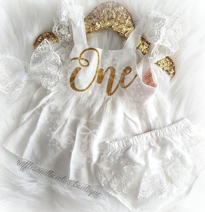 ***CUSTOMER FAVOURITE*** Baby Girls Isabella First Birthday ONE Lace Swing Birthday Dress in White & Gold