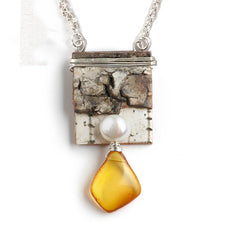 Tessoro Birch and Baltic Amber Pendant