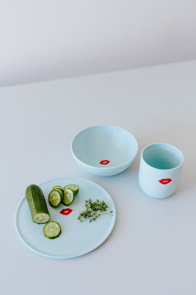 KIDS tableware Set Kussmund auf türkis