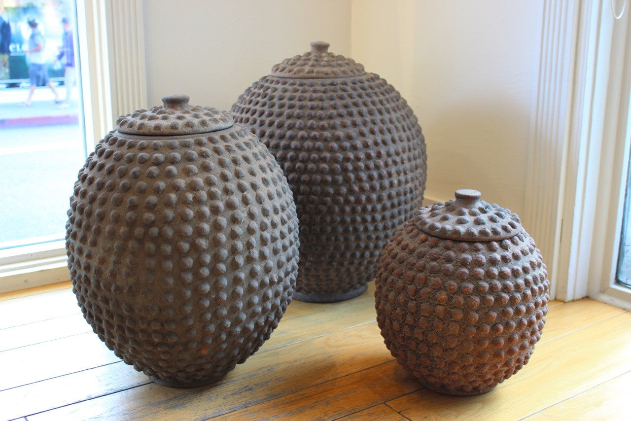 ANTIQUE NUMUMA CLAY AFRICAN POTS