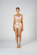 Load image into Gallery viewer, CAPRI SEASHELL SPORTS CROP BIKINI