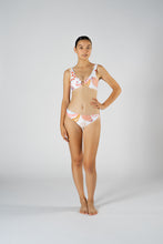 Load image into Gallery viewer, COMO SEASHELL SPORTS CROP BIKINI