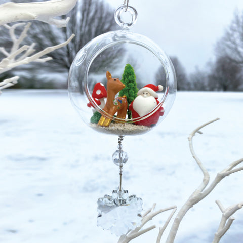 Terrarium: Santa in Forest in Glass with Magnetic Crystal 3