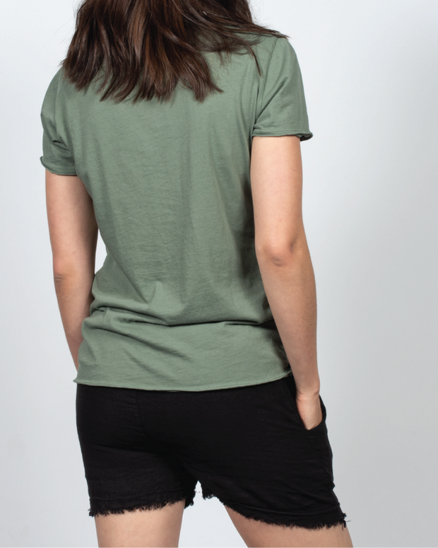 Essential Tee in Green
