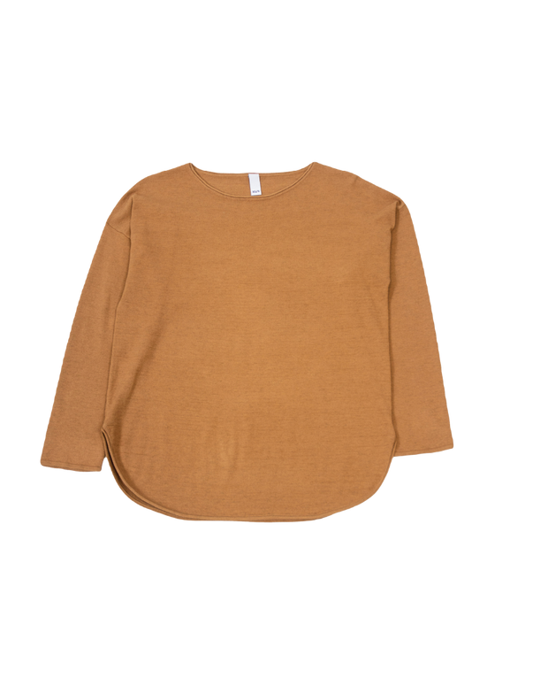 THE CORE KNITTED CREWNECK IN CAMEL