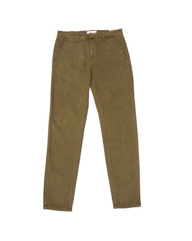 THE CORE CHINOS IN OLIVE