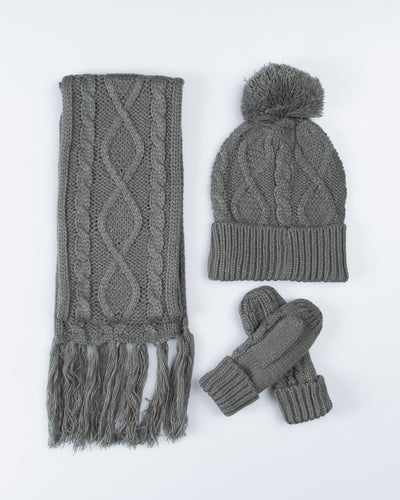 Cable Knit Winter Essentials Set - Grey
