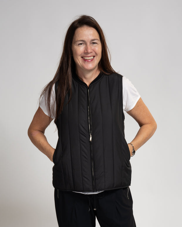 Vertical Quilted Vest - Black