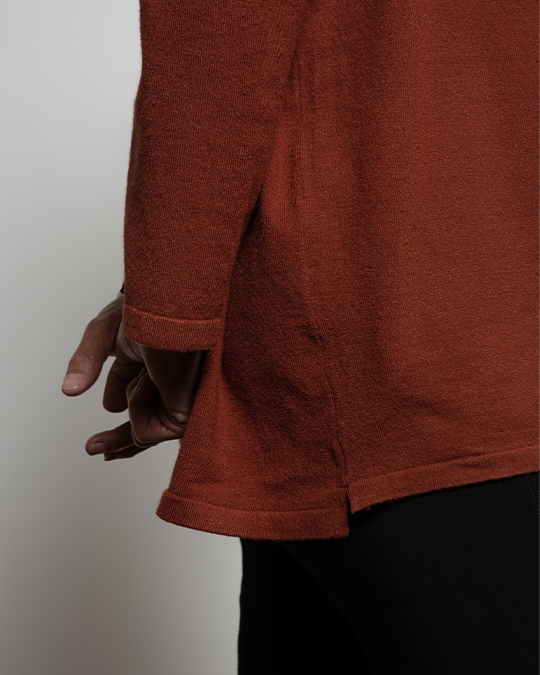 THE CORE CROPPED CARDIGAN IN RUST