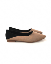 THE KNITTED POINT SLIP-ON IN TAN/BLACK