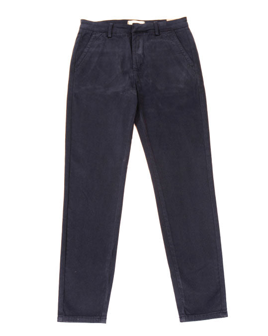 THE CORE CHINOS IN NAVY
