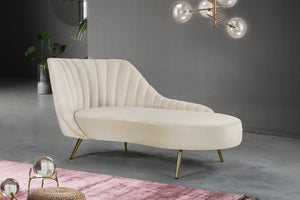 Meridian Furniture Margo Cream Velvet Chaise