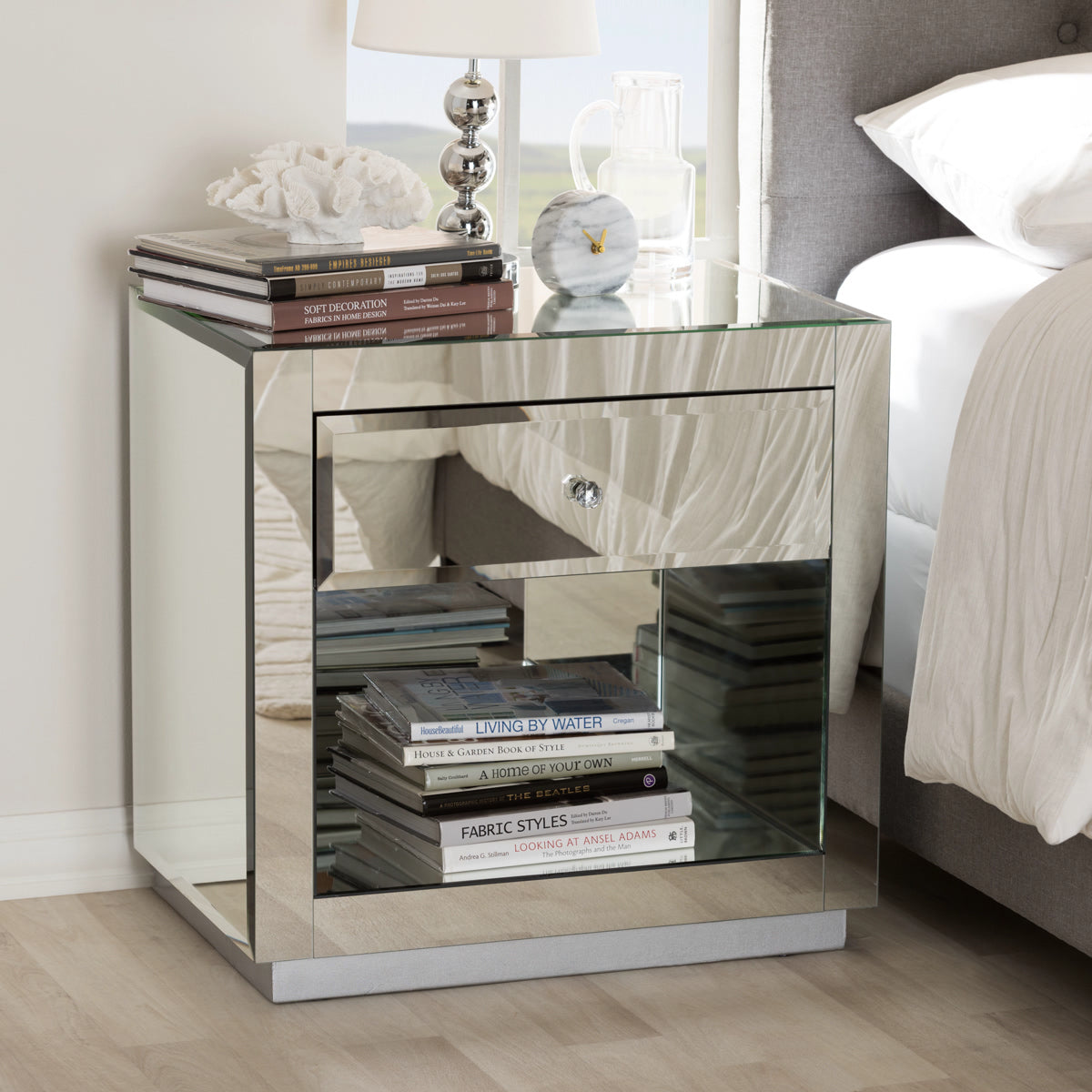 Baxton Studio Melanie Hollywood Regency Glamour Style Mirrored 1-Drawer 1-Shelf Nightstand (Set of 2) Baxton Studio-nightstands-Minimal And Modern - 1