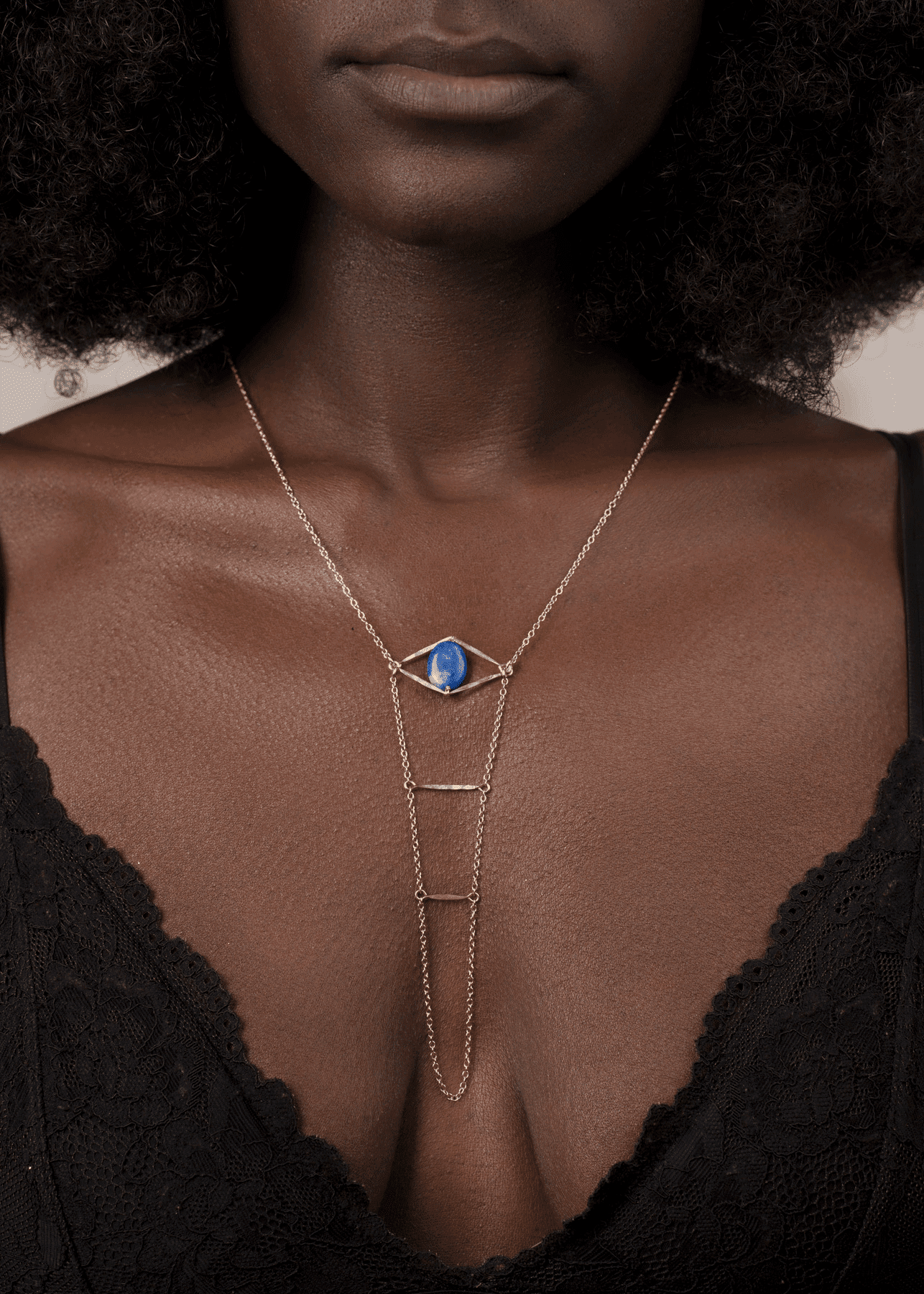 Gemstone Cupid's Eye Handchain - Goldish