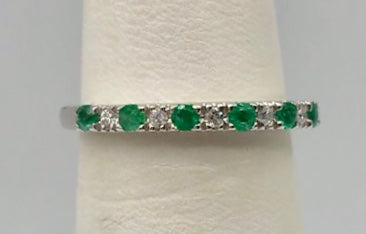 10K Emerald & Diamond White Gold Ring 10KWGR02-04103EM