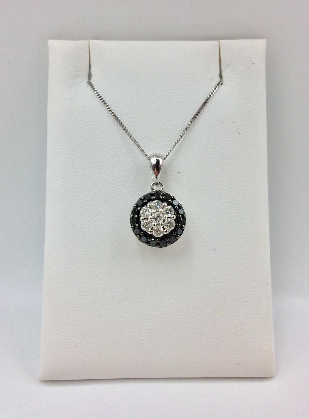 10K Black & White Diamond 0.50Ct Necklace