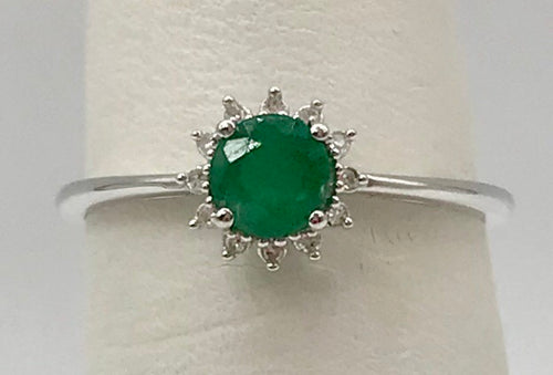 10K Emerald Ring KR05114740