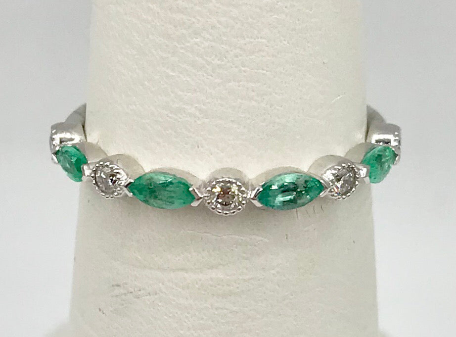 10K White Gold Marquis Emerald Ring DX771EM