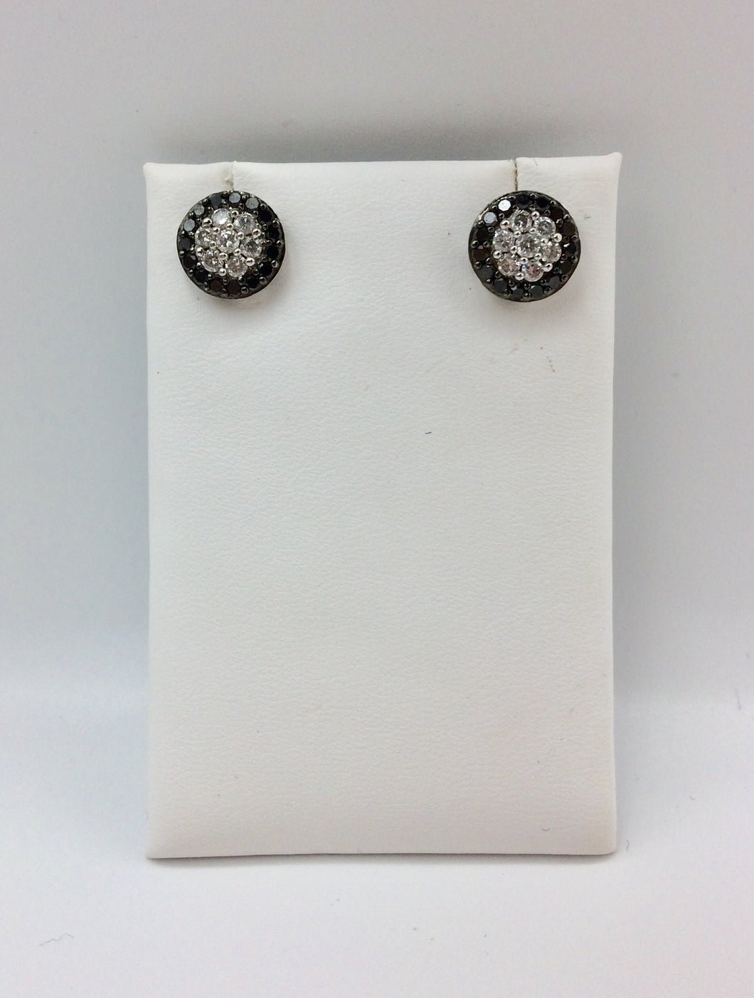 10K Black & White Diamond 1.0Ct Earrings