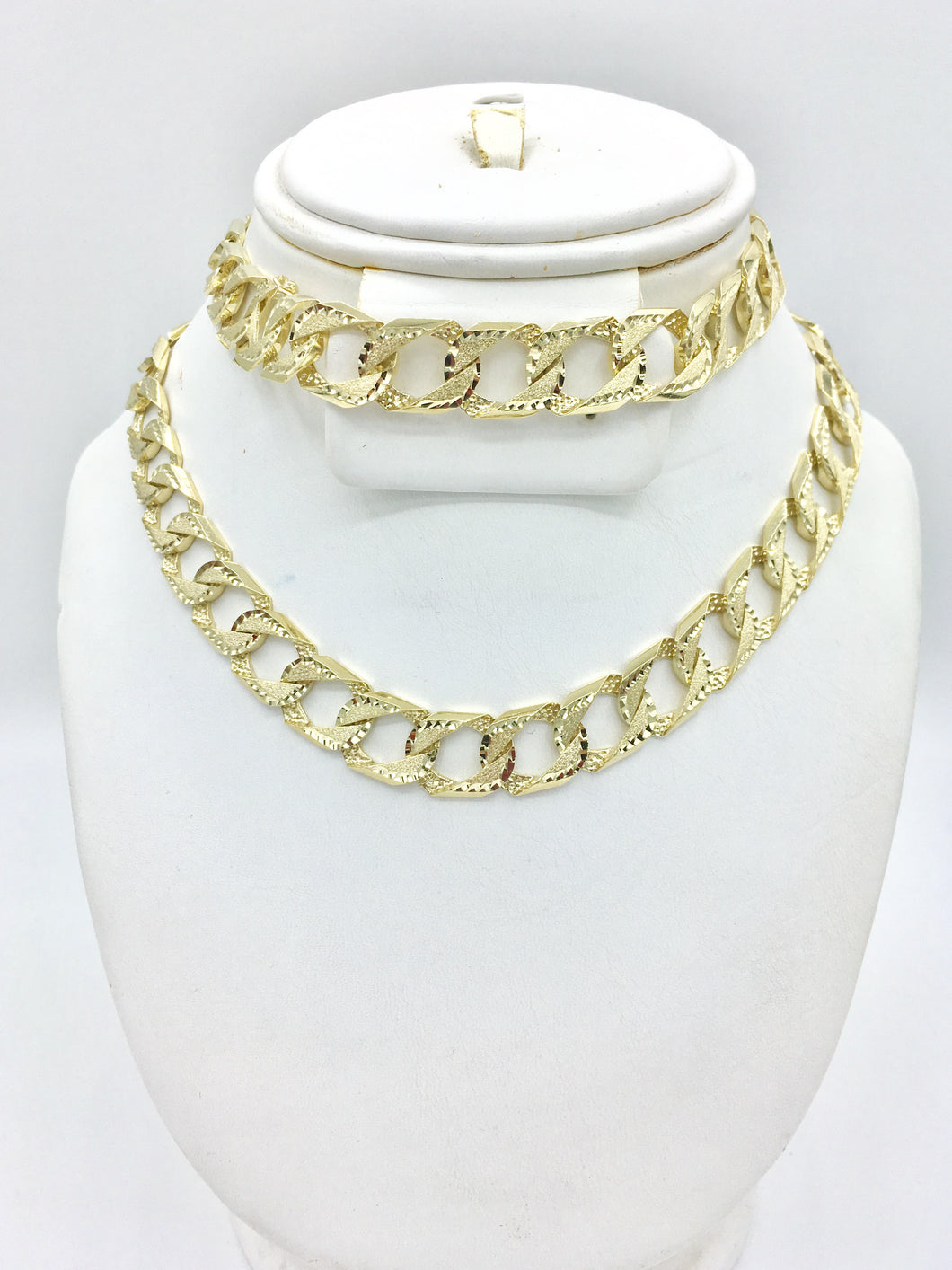 Curb link Diamond cut yellow gold chain