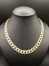Yellow gold double sided curb link chain