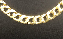 Double sided curb link Diamond cut chain