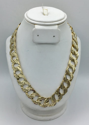 Huge yellow gold Diamond Cut Curb Link Chain