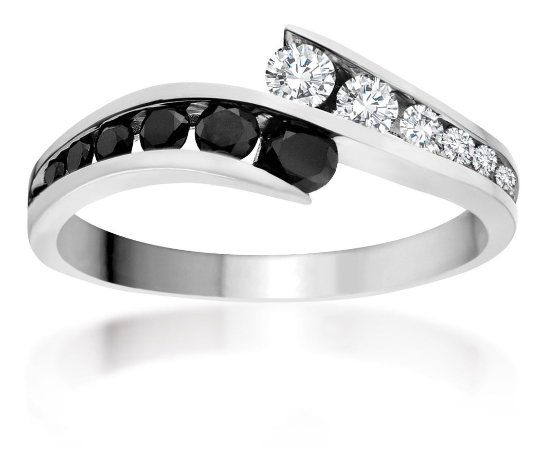Black & White Round Brilliant Cut Diamond Band. Featuring 0.34ct of diamonds. RL54331DW18