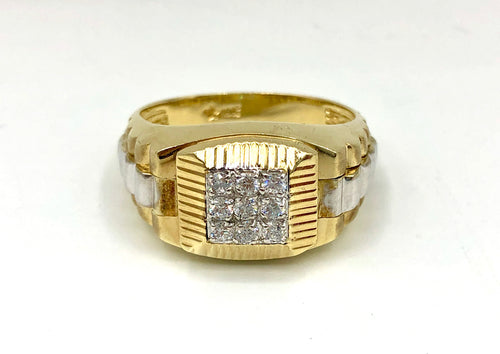10Kt Yellow Gold Ring with cubics