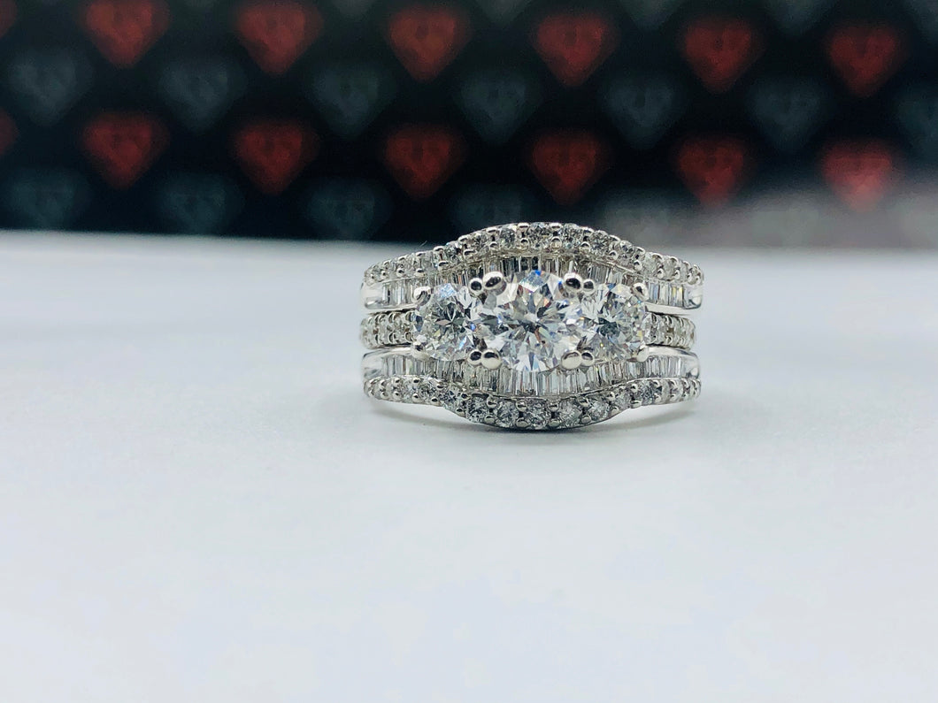 14kt White Gold And 2.05 ct TWD Diamond Ring