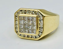 Men's 10kt Yellow Gold And 2.00CT TWD Diamond Ring