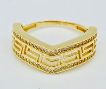 10kt Yellow Gold And White Crystal Greek Sign Ring