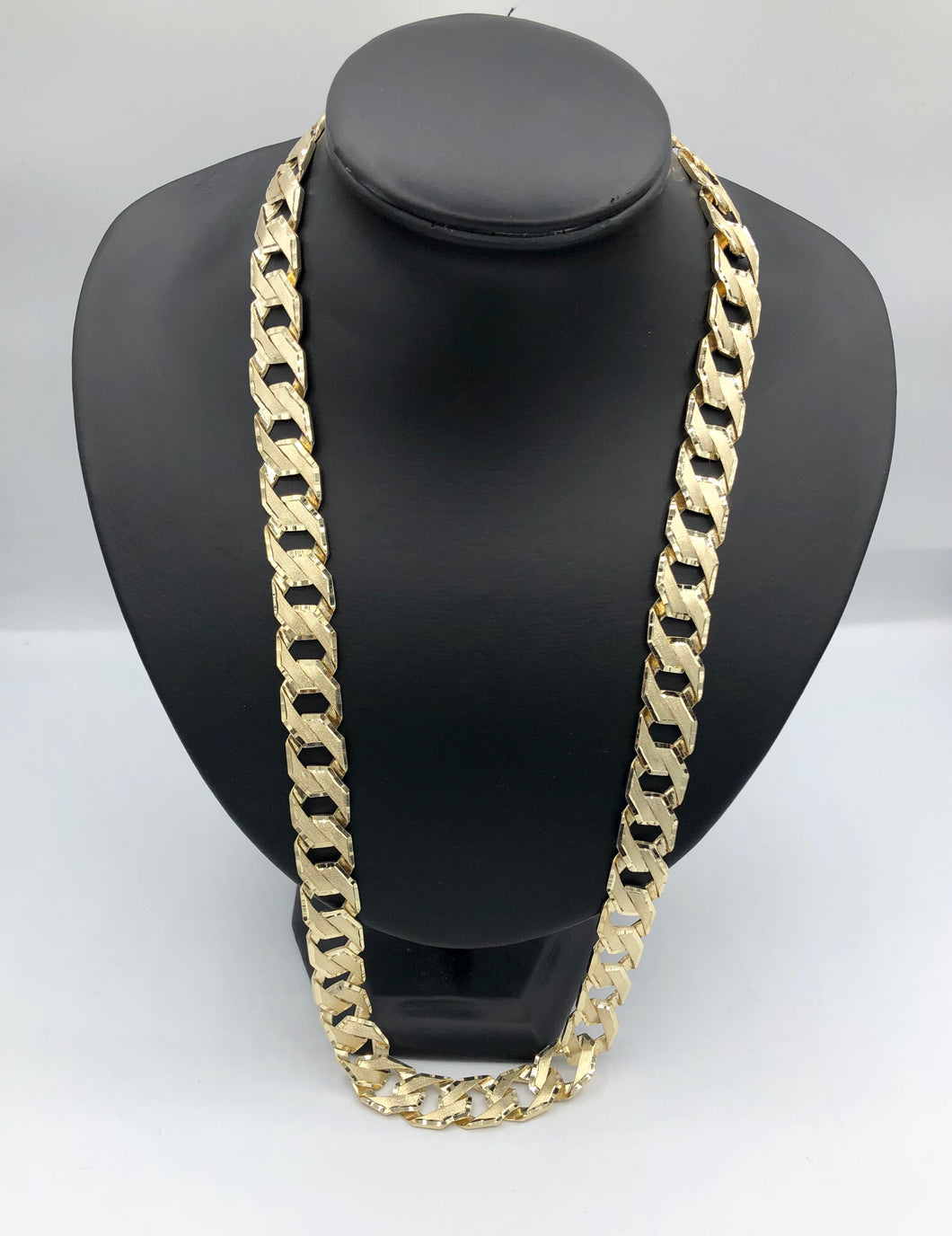 10kt Yellow Gold Curb Link Diamond Cut Chain