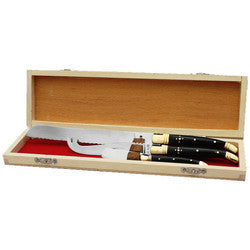Box of Bread, Cheese and Butter Knives with Black Horn handles