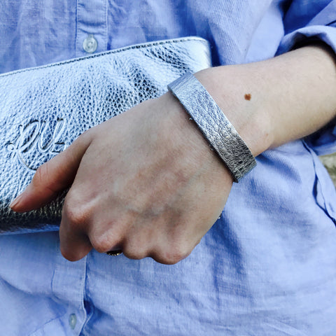 NEW IN - Leather bracelet - thin band - Silver