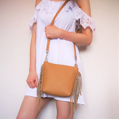 S/S 16 Fringed Daisy Across Body Bag - Tan