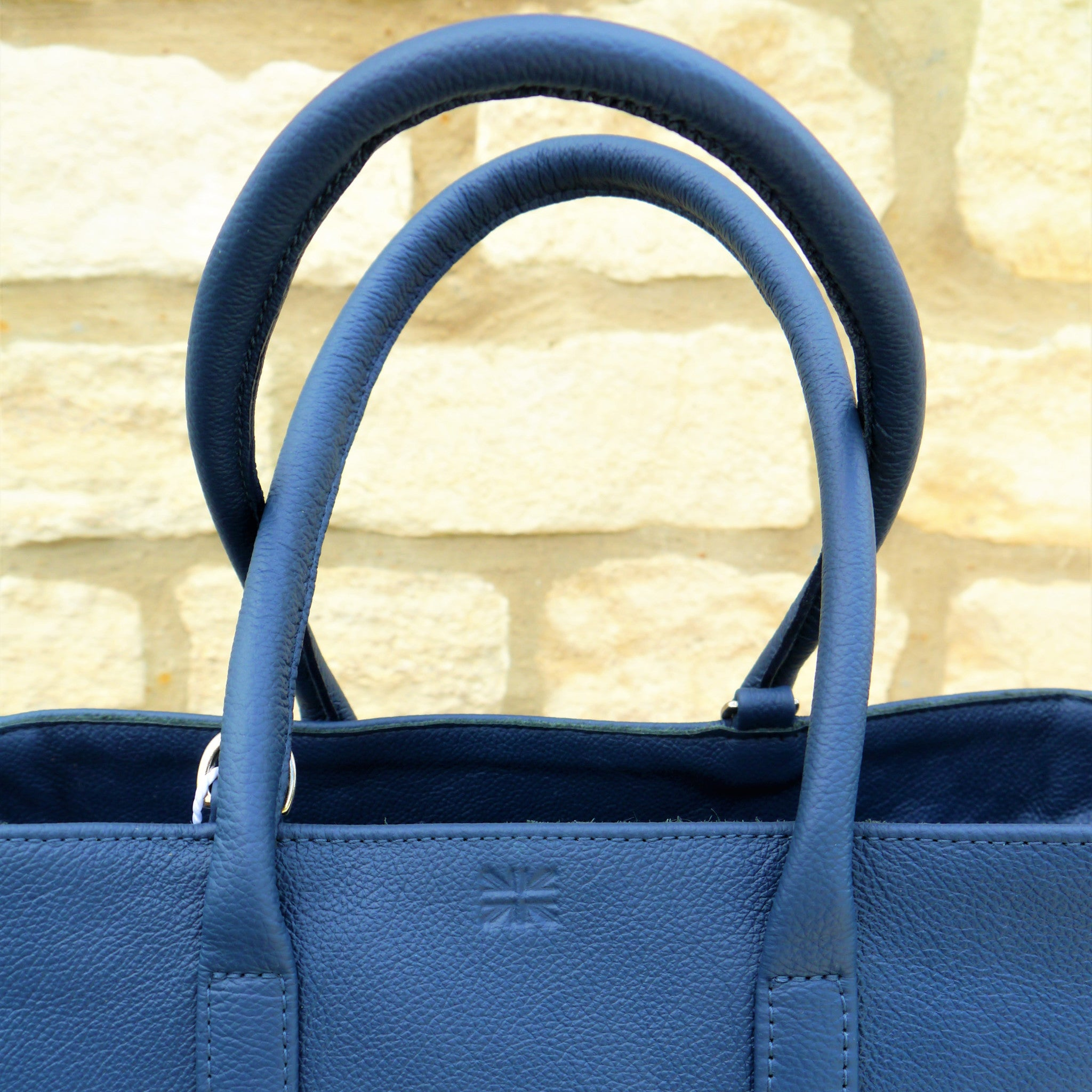 S/S 16 Sweet Pea Handbag in Navy