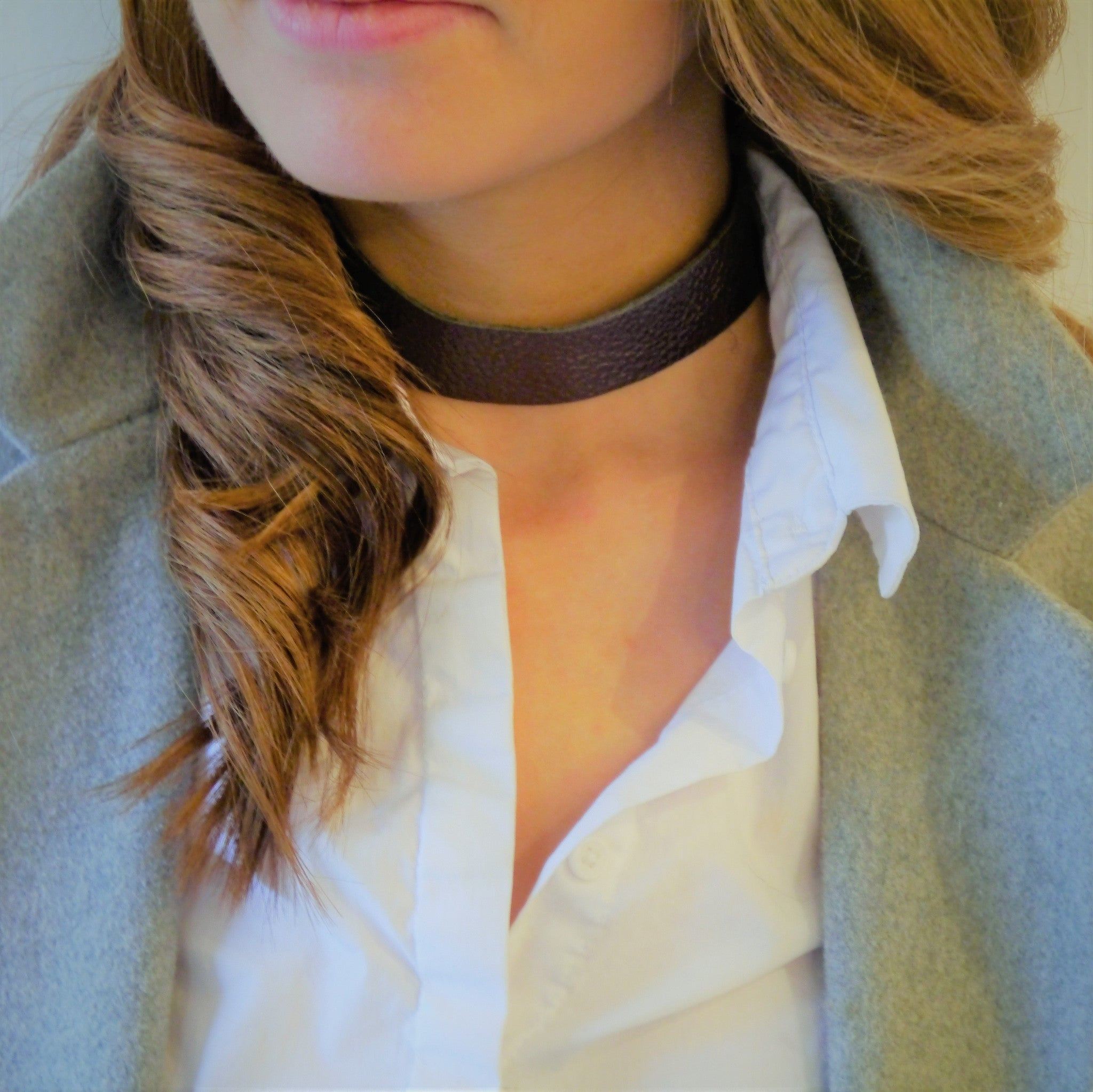NEW IN - Leather Choker - thick band - Pewter