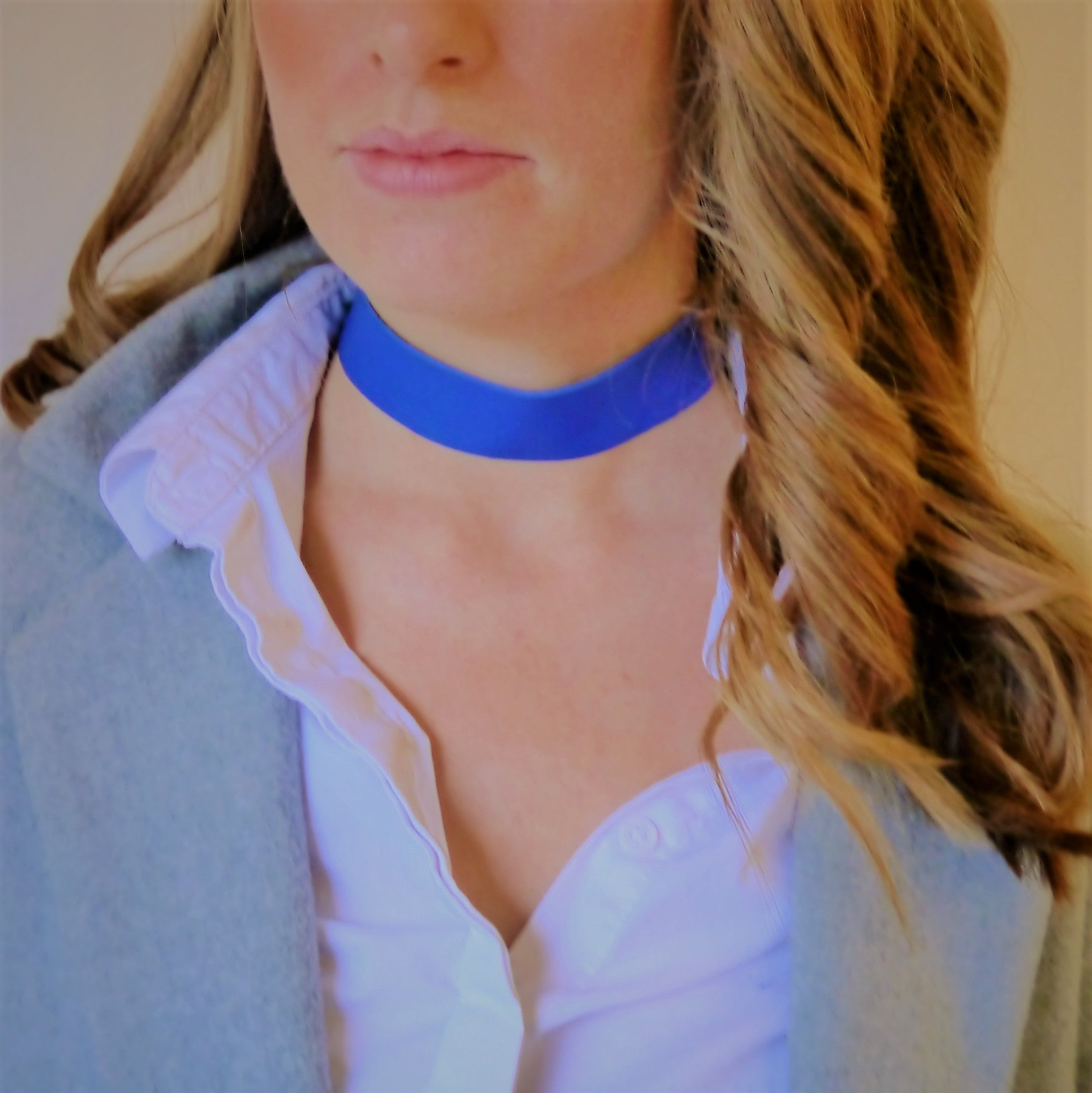 NEW IN - Leather choker - thick band - Blue