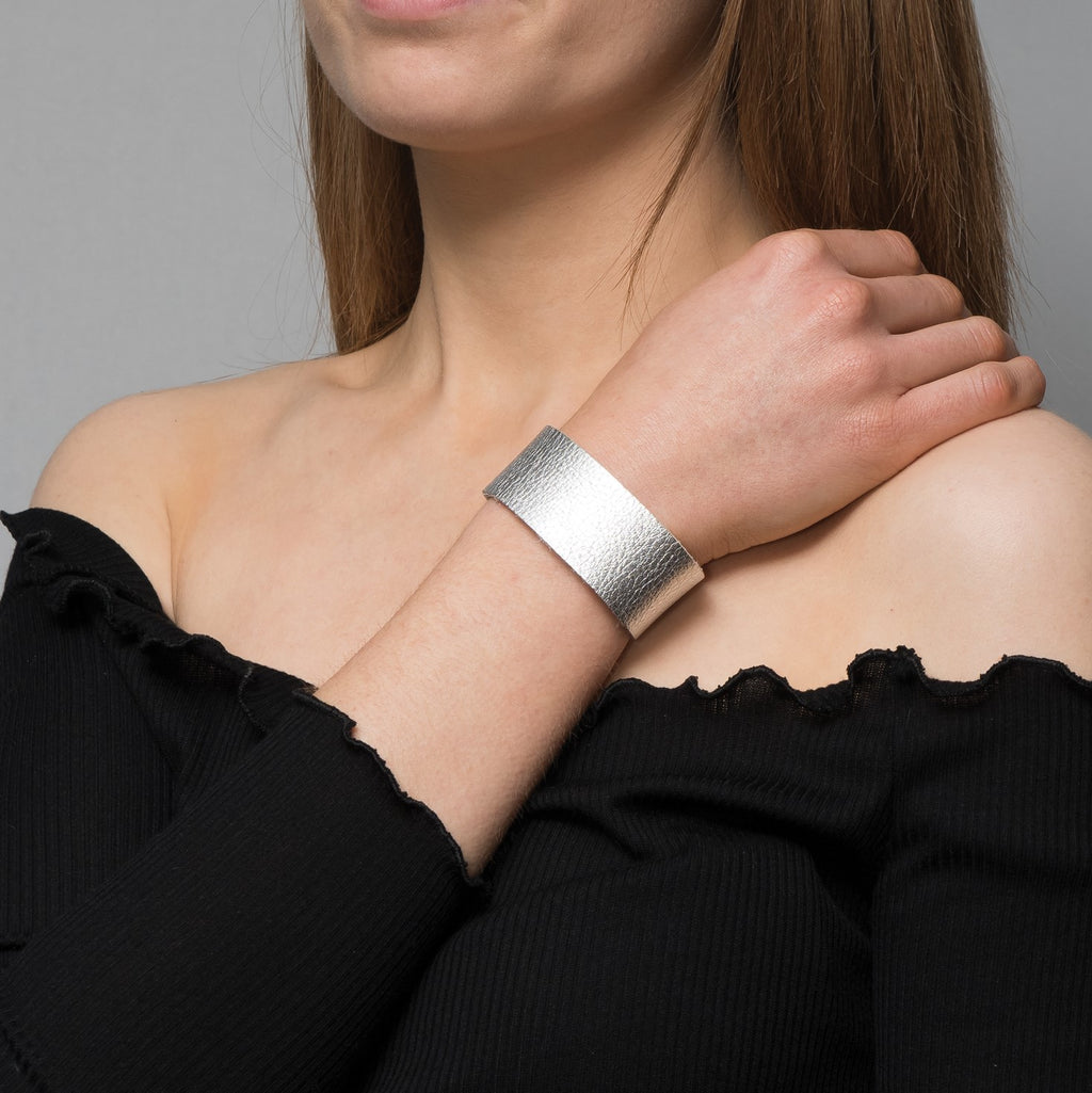 Silver Vegas leather bracelet - Thick band