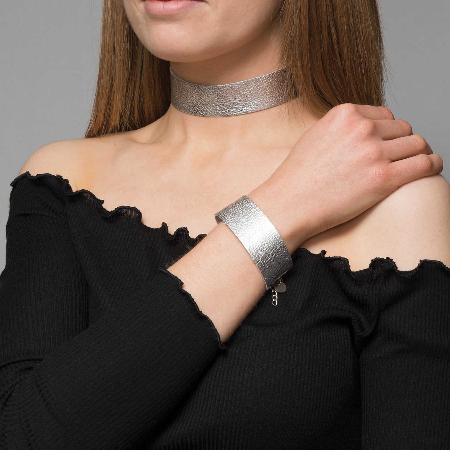 Silver Vegas leather choker necklace - Thick band