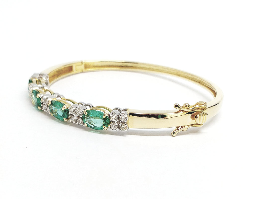 EMERALD & DIAMOND BANGLE